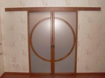 Входные раздвижные двери из дерева
