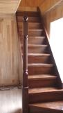 Лестница из массива на второй этаж (6 фото) - №26