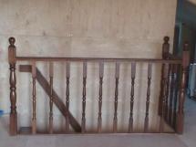 Лестница из массива, перила с отделкой (8 фото) - №25