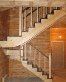 Лестницы из массива с перилами