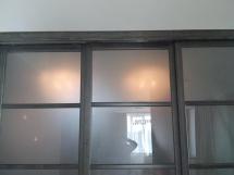 Двери раздвижные с остеклением, фото