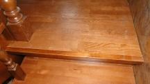 Деревянная лестница с отделкой