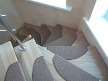 Деревянная лестница комбинированная (4 фото) - №16