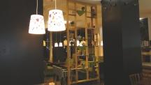 Отделка и мебель для ресторана, кафе из массива