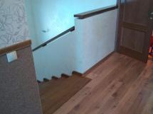 Деревянная лестница, широкие ступени (7 фото) - №18