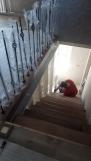 Отделка каркаса лестницы, ступени дуб (17 фото) - №46