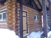 Окна в баню из дерева