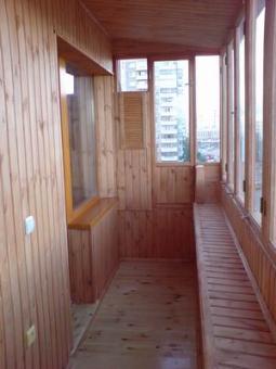 Внутренняя отделка лоджий, балконов деревом