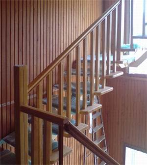 Изготовление лестницы из сосны