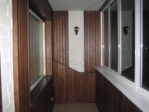 Отделка внутреннего пространства балкона, лоджии