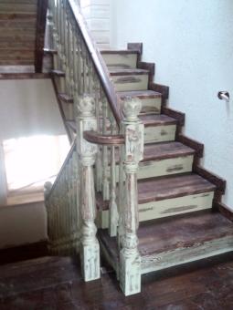 Лестница в стиле Прованс, модель 13