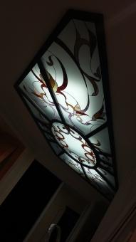 Светильник потолочный с витражом