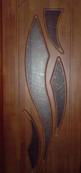 Дверь из массива щитовая с остеклением, модель 6
