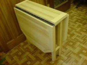 Столик из массива дерева на заказ, модель 6