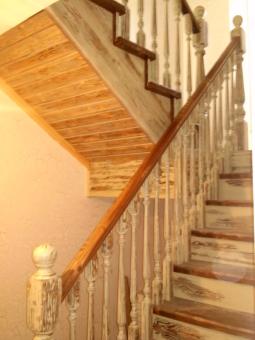 Лестница в стиле Прованс, модель 9