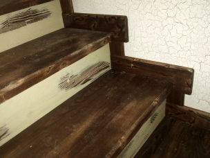 Ступени лестницы в стиле Прованс, модель 11