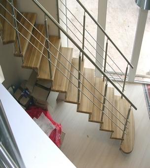 Лестница на больцах К7