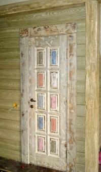 Дверь в стиле Прованс с отделкой, модель 1