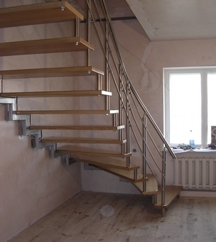 Лестница на больцах К10