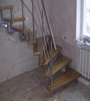 Лестница на больцах К9