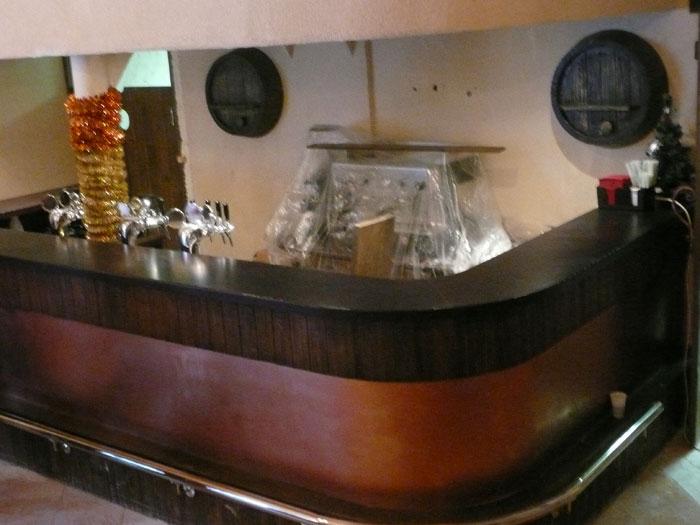 Барные стойки для кафе, фото