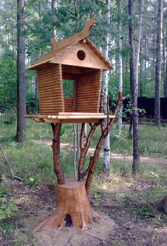 Фото резьбы по дереву - домик для белки